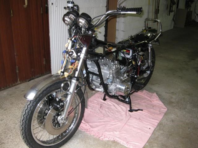 Restauration de 4 motos Suzuki GT #60