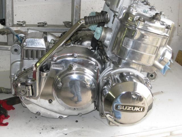 Restauration de 4 motos Suzuki GT #51