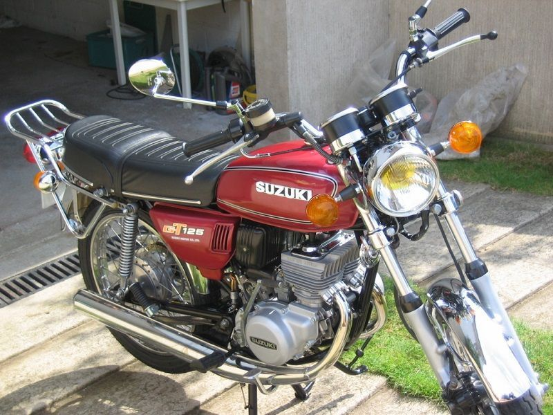 Restauration de 4 motos Suzuki GT #7